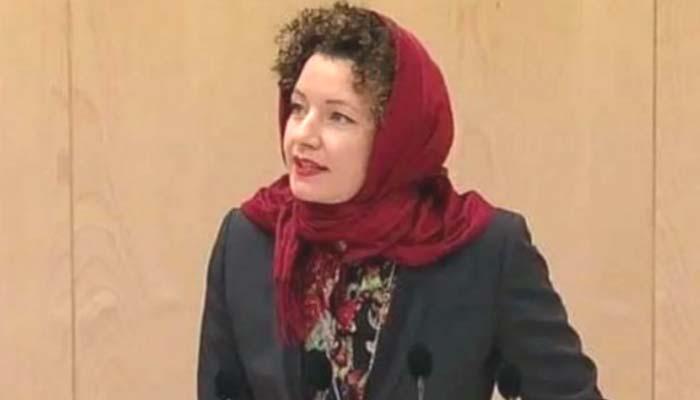 Marta Bismen in Hijab