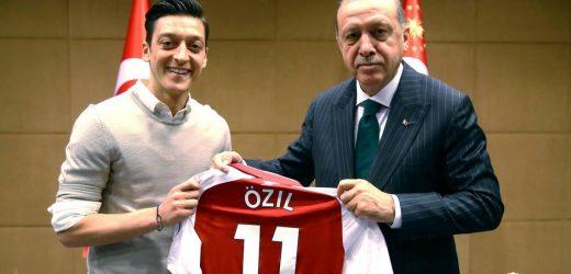 Mesut Ozil Recep Tayyip Erdogan